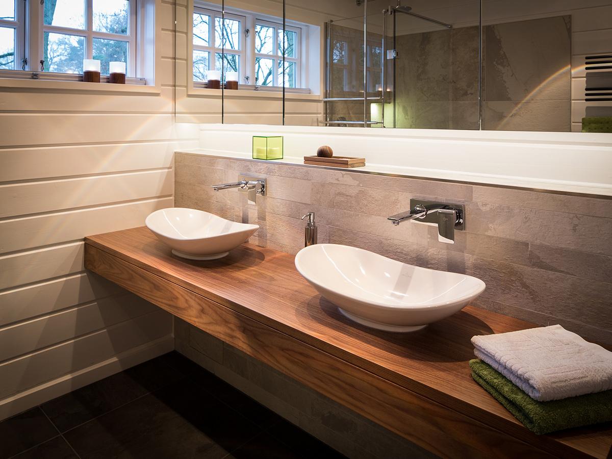 Umgestaltung eines Badezimmers in einem Blockhaus | Holzmanufaktur