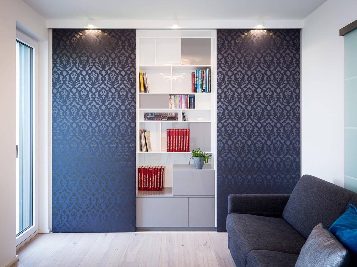 einbauschrank mit schiebet ren holzmanufaktur. Black Bedroom Furniture Sets. Home Design Ideas