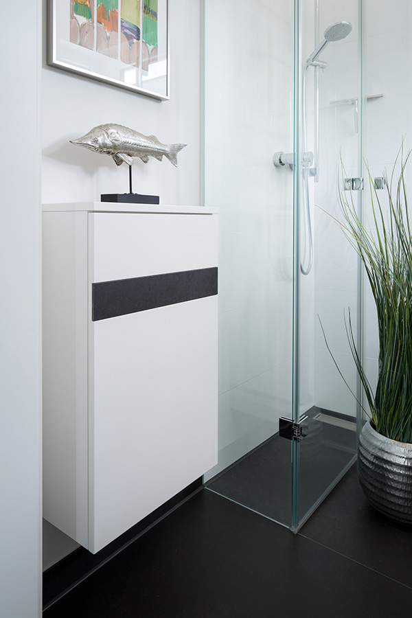 Hängemöbel für Gäste-WC